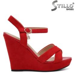 Sandale roșii de damă pe platformă - 32939