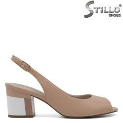 Sandale pe un toc mediu colorat - 32985
