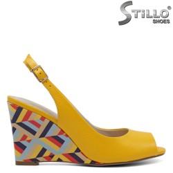 Sandale dama din piele naturala de culoare galben - 33105