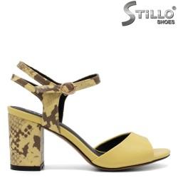 Sandale dama de culoare galben cu toc  din piele tip sarpe - 33120