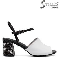 Sandale dama de culoare alb si negru cu toc - 33137