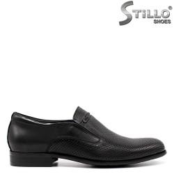 Pantofi barbati cu perforatie din piele naturala - 33155