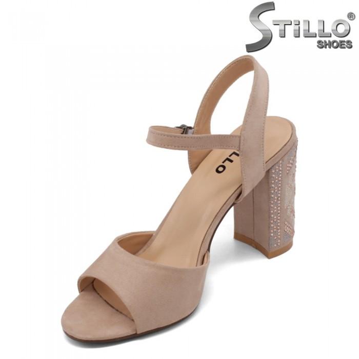 Sandale dama de culoare bej cu toc brodat - 33169