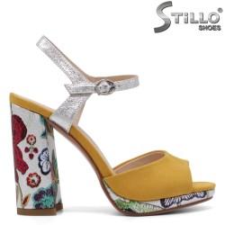 Sandale dama de culoare galben cu motive florale  si cu toc inalt - 33177