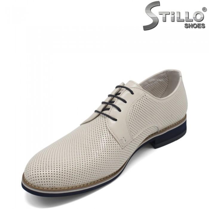 Pantofi barbati de culoare alb cu perforatie - 33179