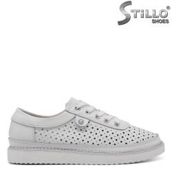 Pantofi dama tip sport  cu perforatie de culoare alb - 33190