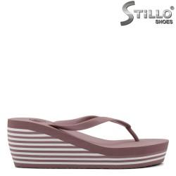 Papuci dama de culoare scrum de trandafiri - 33231