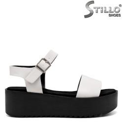 Sandale pe platforma - 33263