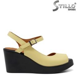 Sandale dama de culoare galben pe platforma  - 33276