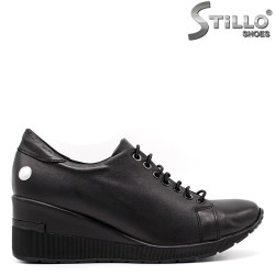 Pantofi dama cu sireturi si pe platforma - 33350