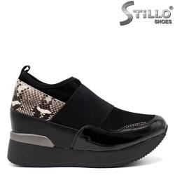 Pantofi dama sport cu stampa tip sarpe si cu platforma - 33519