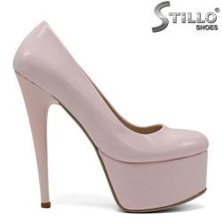 Pantofi dama de culoare roz cu toc inalt si cu platforma din lac roz - 34309