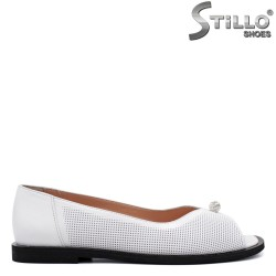 Pantofi dama de primavara de culoare alb cu partea din fata decupata - 34369