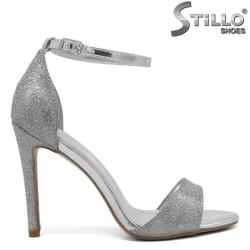 Sandale dama de culoare argintiu cu brocat si cu toc inalt subtire - 34378