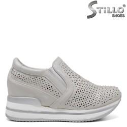 Pantofi dama sport de culoare gri cu platforma si pietricele - 34395