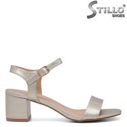 Sandale dama de culoare auriu si cu imprimanta croco - 34396