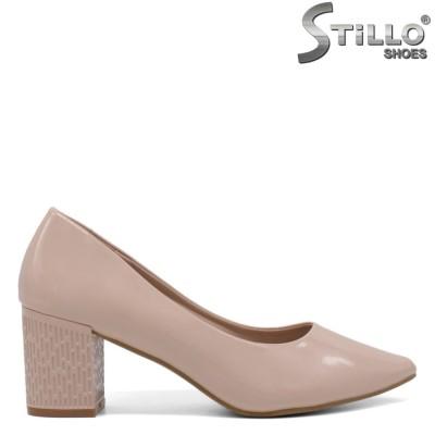 Pantofi dama din lac de culoare roz si cu toc reliefat - 34433