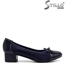 Pantofi dama cu toc jos din velur cu stampa - 34445