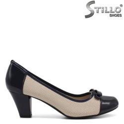 Pantofi dama cu perforatie si cu toc mijlociu - 34451
