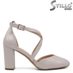 Pantofi dama cu partea din fata si spate acoperita de culoare bej perlat- 34456