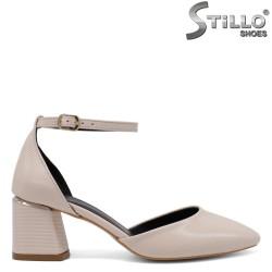 Pantofi dama de culoare bej cu toc mijlociu - 34592