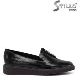 Pantofi dama din lac de culoare negru si cu talpa dreapta - 34665