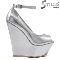 Pantofi dama cu partea decupata in fata  si de culoare argintii -34726