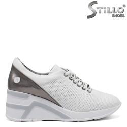 Pantofi dama sport cu platforma de culoare alb si roz - 34852