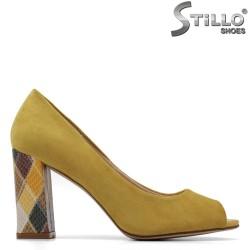 Pantofi dama de culoare galben cu toc inalt colorat - 34885