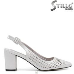Sandale dama  din piele de culoare argintiu cu perforatie si toc inalt - 34918