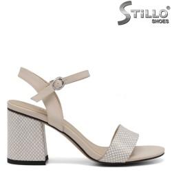 Sandale dama de culoare bej cu stampa tip sarpe - 34985