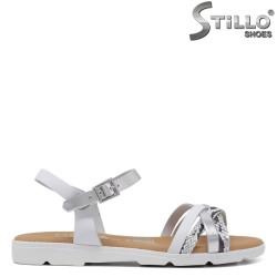 Sandale dama din piele naturala de culoare alb si argintiu - 34999