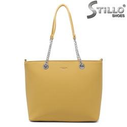Geanta dama de culoare galben cu lantisor - 35007