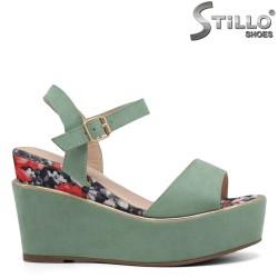 Sandale dama din velur  de culoare verde si cu platforma - 35035