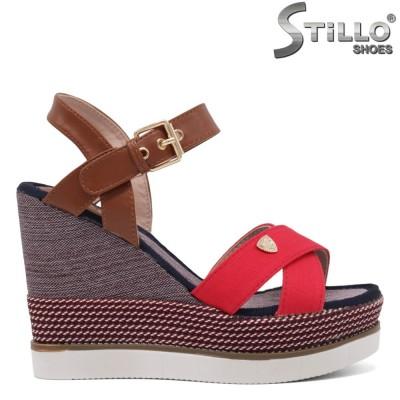 Sandale dama cu platforma de culoare rosu,maron si albastru - 35046