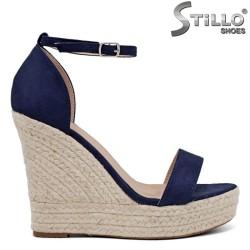 Sandale dama cu platforma inalta din velur de culoare albastru - 35050