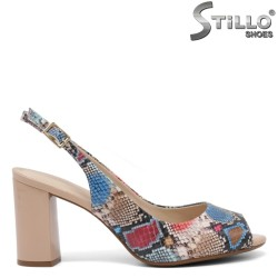 Sandale dama cu imprimanta tip sarpe de culoare rosu si albastru si cu toc inalt - 35080