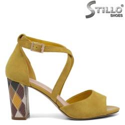 Sandale dama de culoare galben cu toc colorat - 35153