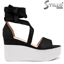 Sandale dama cu platforma din velur de culoare negru - 35186