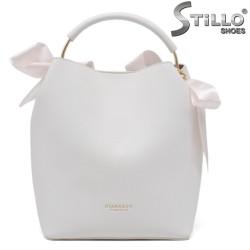 Geanta dama de culoare alb si cu funde de culoare roz - 35218
