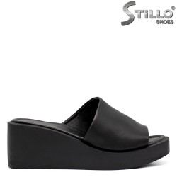 Papuci dama din piele naturala si cu platforma - 35239