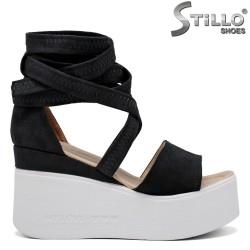 Sandale dama din velur de culoare negru cu platforma - 35248