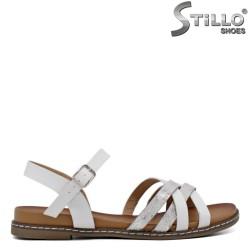Sandale dama cu talpa dreapta  de culoare alb - 35295