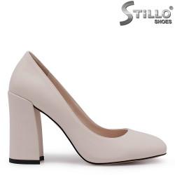 Pantofi dama de culoare bej cu toc gros - 35411