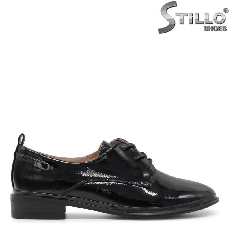 Pantofi dama din lac si cu sireturi – 35921