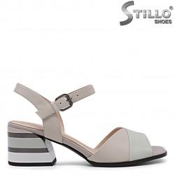 Pantofi dama cu perforatie de culoare pudra– 36014