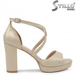 Sandale dama pentru banchet de culoare auriu cu toc stabil si cu platforma- 36306