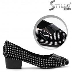 Pantofi dama cu puncte desenate - 36344