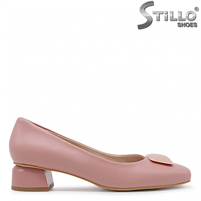 Pantofi dama de culoare roz cu toc jos – 36362