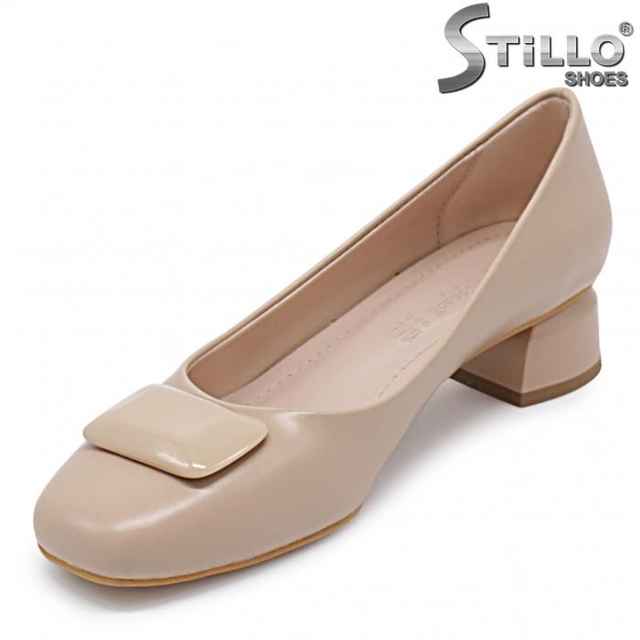 Pantofi dama de culoare bej cu toc jos – 36363